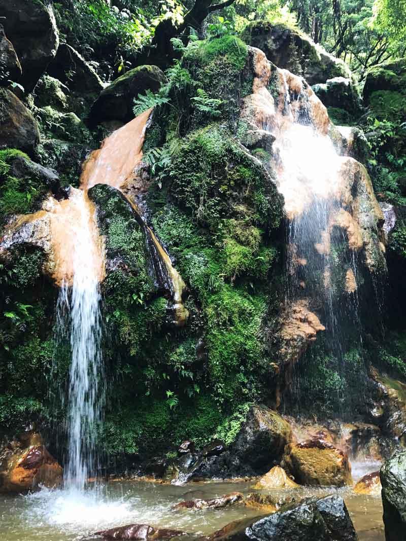 Cascade d'eau chaude de Caldeira Velha - Sao Miguel
