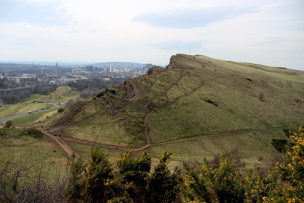 Arthur's seat 360° panoramic view on Edinburgh