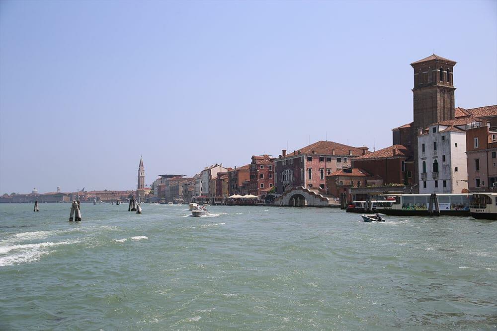 Départ en vaporetto pour Murano et Burano