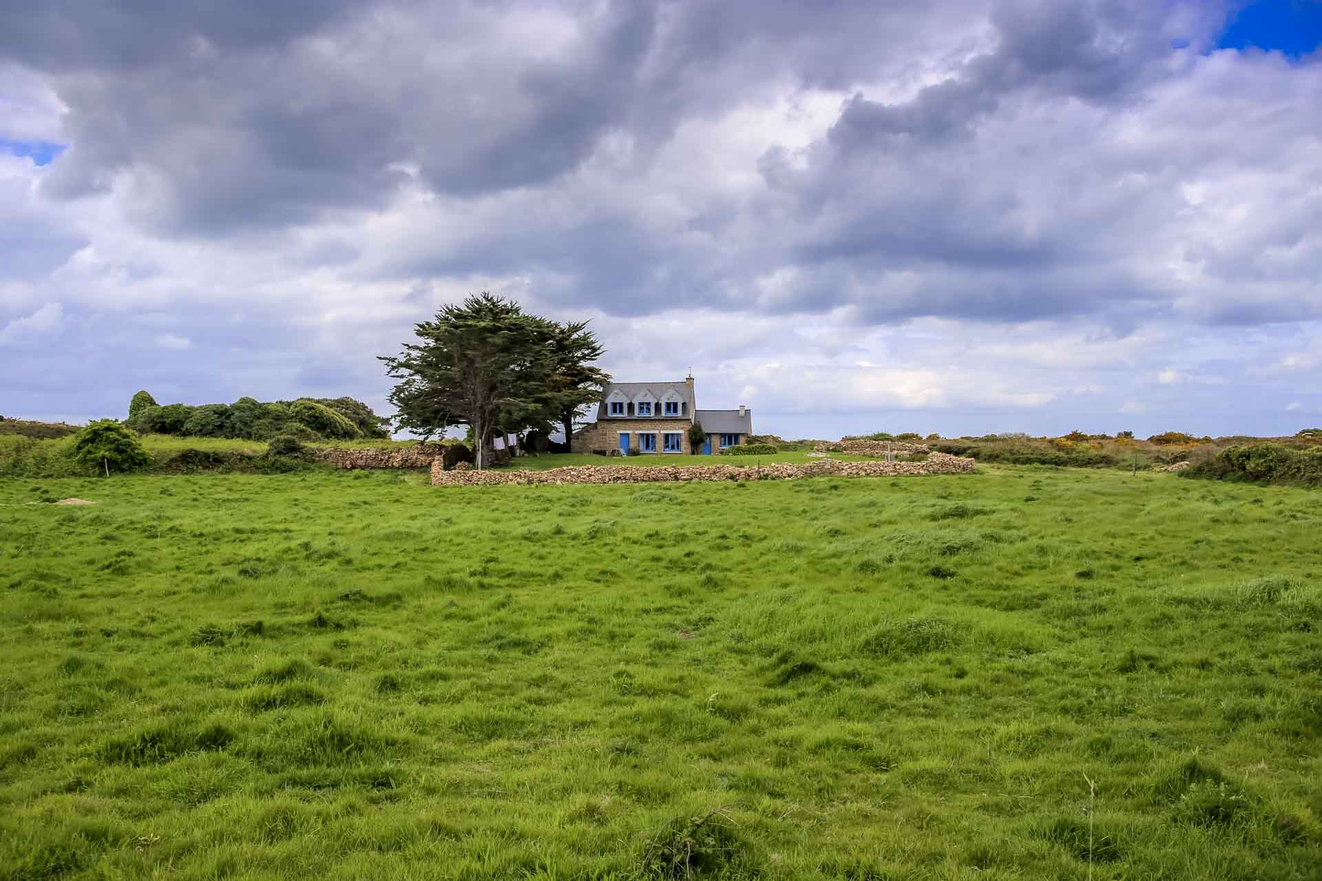 Petite maison isolée sur l'Île de Bréhat