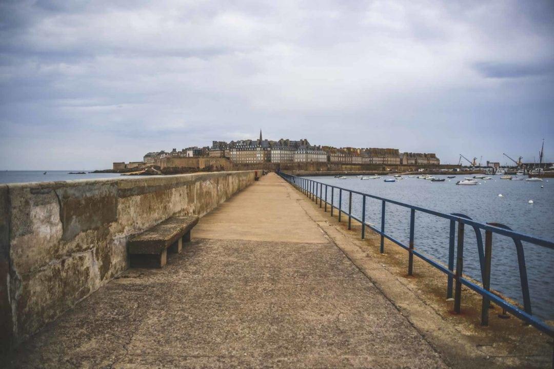 Saint-Malo - Jetée môle les noires